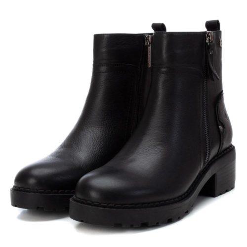 Botín de Mujer Piel Negra Carmela Shoes 06790501 par
