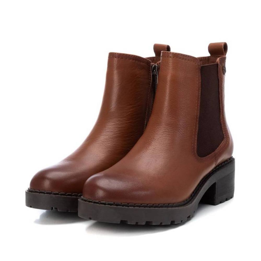 Botín Chelsea Cuero Carmela Shoes 06790701 par