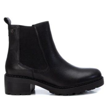 Botín Chelsea Negro Carmela Shoes 06790701 perfil