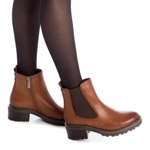 Botín Chelsea Cuero Carmela Shoes 06790701 modelo