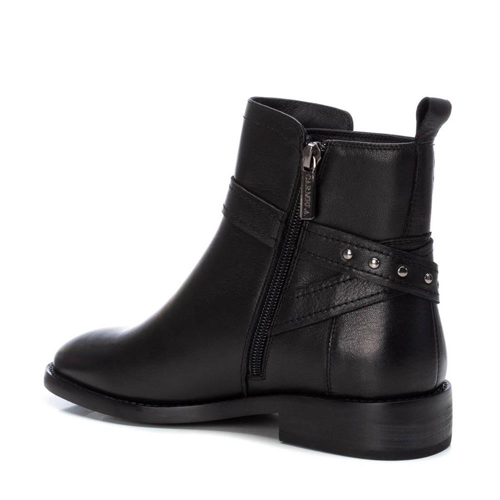 Botín Plano Negro Carmela Shoes 06797301 interior